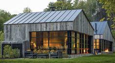 Modern Barn Style Home in Vermont by Birdseye Design Modern Barn House, Modern House Design, Contemporary Design, Contemporary Cabin, Modern Cabins, Modern Farmhouse Exterior, Farmhouse Design, Lofts, Exterior Design
