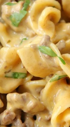 Easy Beef Stroganoff - A cheesy and delicious one pan meal that comes together in well under 30 minutes! Best Beef Recipes, Best Dinner Recipes, Rib Recipes, Pasta Recipes, Favorite Recipes, Pasta Meals, Recipies, Campbells Beef Stroganoff, Mushroom Stroganoff