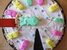 i love everything about this Easter rice krispie treat pizza