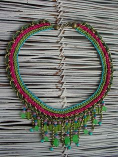 https://www.pinterest.com/admirartem/crochet-jewellery-patterns-uncinetto-gioielli/