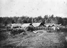 Te Kūiti, situated in the heart of Ngāti Maniapoto territory, was traditionally an assembly point for the tribe. Nz History, Long White Cloud, Maori Art, Photographs, Photos, Military History, Kiwi, New Zealand, Survival