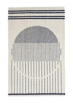 Tapis Raining Circle / 90 x 140 cm Blanc / Motifs bleus - Woud - Décoration et mobilier design avec Made in Design