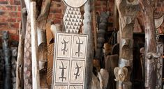 African Home Decor Catalog. African home decor gets its inspiration through nature. African Room, African Art, Weaving Process, Weaving Techniques, Home Decor Accessories, Decorative Accessories, African Wood Carvings, African Interior Design, African Pottery