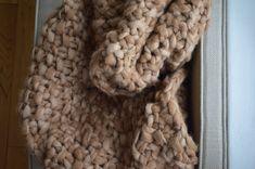 ALPACA BI COLOUR THROW  This stunning throw is made from 100% pure Alpaca.