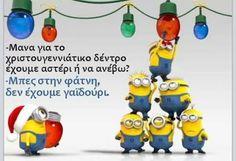 Minions Happy New Year . Minion Christmas, Days Till Christmas, Merry Christmas And Happy New Year, Christmas Trees, Christmas Pics, Christmas Countdown, Christmas Crafts, Minion Jokes, My Minion