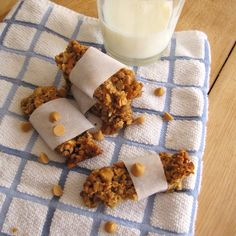 Butterscotch Pretzel Granola Bars--add whey protein for an extra boost