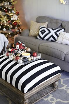 Black, white, gold & red Christmas tour- beautiful, timeless, glam decor. via monicawantsit.com