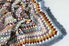Sweetly simple…granny square goes large.  Free pattern on ravelry.