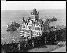 The Cliff House and Seal Rocks, San Francisco, 1900.