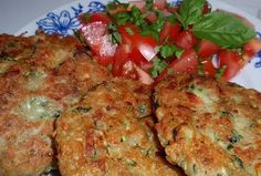 Cuketové placičky (nejen) s vločkami Meatloaf, Tandoori Chicken, Tofu, Healthy Recipes, Ethnic Recipes, Pizza, Fitness, Health Recipes, Gymnastics