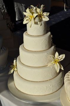 Lily wedding cake  Cake by Joanna Haines