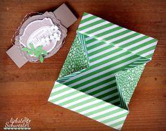 liebste schwester: VIP-Donnerstang - Box Card Wenn man alles richtig vorgefalzt hat, ist es auch kein Problem die Box zu basteln.