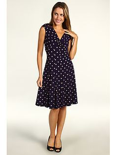 Love the classic style and adorable polka dots. Jessica Howard dress, @6pm#6amto6pm