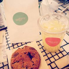 Cookies & fresh limonade @Whoops