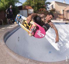 thru the corner. Seek And Destroy, Skateboard Pictures, Skate Shop, Guy Stuff, Skateboards, Edc, Haha, Corner, Guys