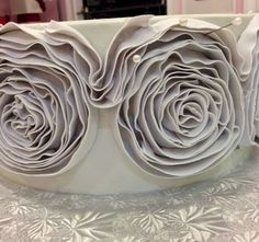 Cup a Dee Cakes Blog: Ruffle Ribbon Rose Mini Tutorial