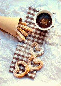 Churros com Chocolate Quente