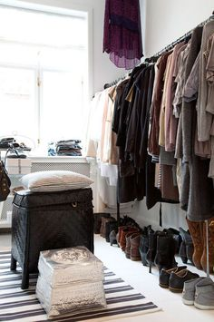 closet inspiration (via desire to inspire - HeidiLundsgaard)