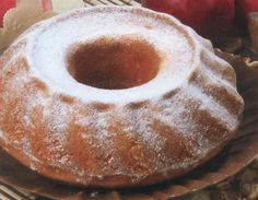 Vynikající jablíčková bábovka Bunt Cakes, Food And Drink, Pudding, Sweets, Baking, Breakfast, Desserts, Recipes, Anna