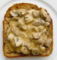 british-food-mushrooms-on-toast