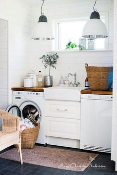 white /natural/modern laundry #basement #laundryroom #laundry #decor