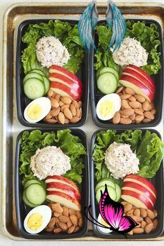 Tuna Salad Meal Prep - Damn Delicious terranmikaela<br> Hearty, healthy and light snack boxes for the entire week! With homemade Greek yogurt tuna salad, egg, almonds, cucumber and apple!