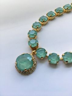Small Round MINT Green Necklace, Gorgeous Swarovski Light Mint Green with aqua tones, Gold plated brass MINT Green necklace Jade Jewelry, Emerald Jewelry, Stone Jewelry, India Jewelry, Jewlery, Diamond Necklace Set, Green Necklace, Green Pendants, Light Mint Green