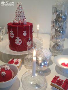 sweet christmas table - by arcake @ CakesDecor.com - cake decorating website