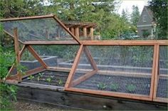 Critters out. Easy to add row covers Hmm! Screens for raised beds (more ideas in the link!) Screens for raised beds
