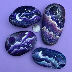 Pierre galaxie - Galaxy Painting - Step By Step Acrylic Painting Tutorial Rock Painting Patterns, Rock Painting Ideas Easy, Rock Painting Designs, Paint Designs, Pebble Painting, Pebble Art, Stone Painting, Ink Painting, Galaxy Painting