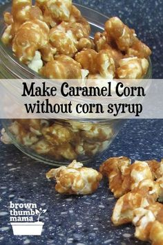 You can make caramel corn without using corn syrup! This easy recipe comes together in no time, with ingredients you already have in your kitchen. Recipes snacks Make Caramel Corn Without Corn Syrup Caramel Corn Recipes, Caramel Popcorn Recipe No Corn Syrup, Carmel Corn Recipe Without Corn Syrup, Carmel Popcorn Recipe Easy, Homemade Carmel Corn, Sweet Popcorn Recipes, Homemade Popcorn, Healthy Popcorn Recipes, Marshmallow Caramel Popcorn