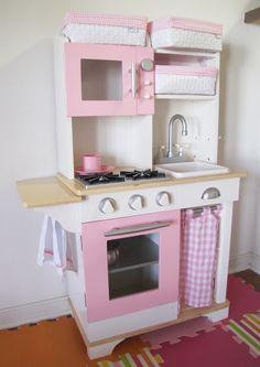 MBC: Pink Kid Kitchen