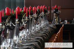 #hochzeitsdekoration #hochzeit #hochzeitsfeier #blumenschmuck #brautstrauß #brautstrauss #rosen #altargesteck #hochzeitsfeier Altar, Candles, Floral Headdress, Decorating, Candy, Candle Sticks, Candle