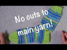 Tips & Tricks for Contrast Heels // Technique Tuesday Knitting Socks, Free Knitting, Knit Socks, Yarn Tail, Socks And Heels, Tuesday, Knit Crochet, Contrast, Weaving
