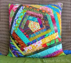 Patchwork Pillow Case Appliques Ideas For 2019 Patchwork Cushion, Quilted Pillow, Patchwork Quilting, Patch Quilt, Quilt Blocks, Sewing Pillows, Diy Pillows, Quilting Projects, Quilting Designs