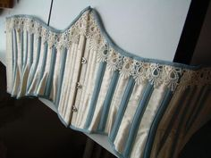 Construction of a Corset - from corsetmakers