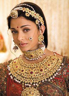 Aishwarya dressed as Rajput Princess Jodhaa