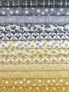 V & Co., Color Theory, Yellow/Grey in FAT QUARTERS 12 Total