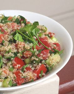 Quinoa Tabbouleh: This recipe for quinoa tabbolueh works as a great side dish or an easy recipe to bring for lunch.