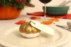 Metallic Pumpkin Place Cards for Thanksgiving