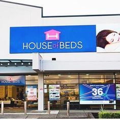 Hello New Zealand 🇳🇿 Super awesome #Giveaway #Contest at your nearest #HouseOfBeds store. To participate check out the link in our Bio 🎁🌲 💤 #kiwis #nz #newzealand #newzealandguide #newzealandfinds #HOB #Auckland #Hamilton #Queenstown #nz🇳🇿 #sleep #prize #retailer #instadaily #instalike #instagood #win #healthy #sleepy #bed #mattress #instaday #instafit #vsconz #kiwis #beds #sleeping