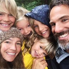 How to go on an exciting family gap year to travel the world. Interview with Courtney Adamo, read on...