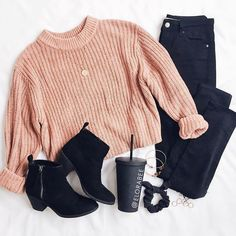Cute winter outfit, swap booties with sneakers for more a casual look Cute Comfy Outfits, Cute Outfits For School, Cute Casual Outfits, Cute Summer Outfits, Stylish Outfits, Fall Outfits, Outfits Otoño, Teenage Outfits, Teen Fashion Outfits