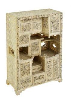 Miniature ivory shodana