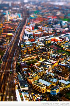From off the Shard - playing with tilt-shift edits on the computer London I Tilt Shift Photography, Photography Tips, Tilt Shift Photos, Places Around The World, Around The Worlds, Tilt Shift Lens, London Map, World Cities, London Photos