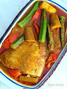 Tantalising nonya assam fish made from scratch, no prefaced sauce used! Spicy and sourish gravy, you could not resist having more serving o. Asian Fish Recipes, Spicy Recipes, Curry Recipes, Seafood Recipes, Cooking Recipes, Healthy Recipes, Duck Recipes, Chicken Recipes, Healthy Food