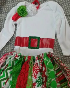 Hey, I found this really awesome Etsy listing at https://www.etsy.com/listing/255807307/elf-tutu-christmas-outfit-size-6-12