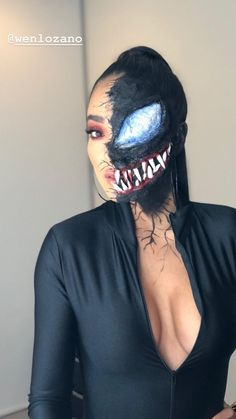 Are you looking for ideas for your Halloween make-up? Browse around this site for creepy Halloween makeup looks. Creepy Halloween Makeup, Halloween Eyes, Halloween Makeup Looks, Halloween Outfits, Venom Halloween Costume, Venom Costume, Halloween Parties, Halloween Night, Maquillage Halloween Simple