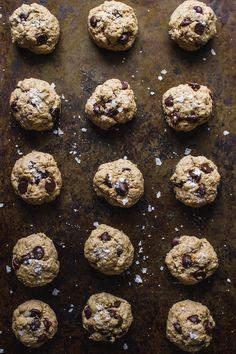 1-Bowl, Peanut Butter Oatmeal Chocolate Chip Cookies   edibleperspective.com #glutenfree #vegan