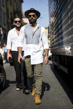 Galeria de Fotos Os looks de street style da temporada masculina Verão 2016 // Foto 10 // Notícias // FFW